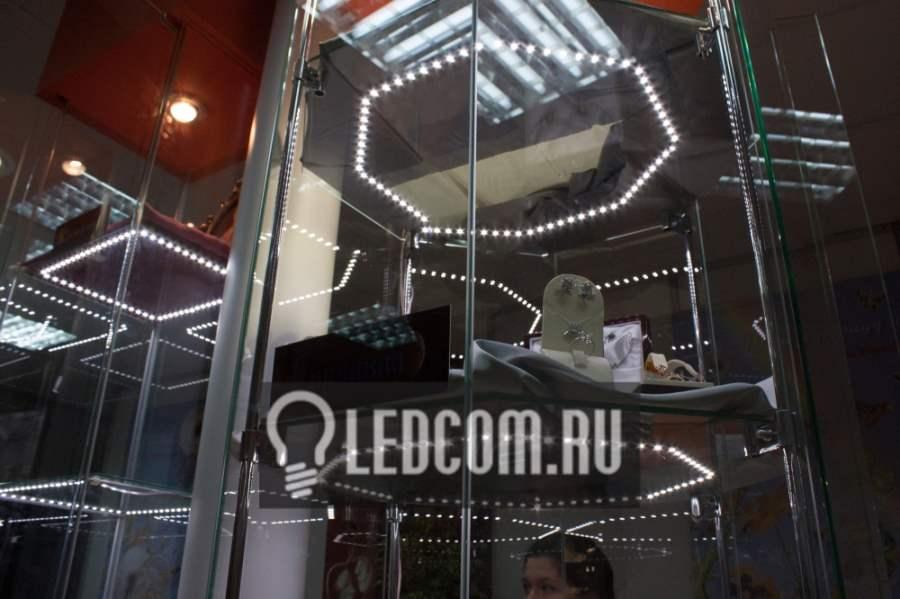 ledcom-236